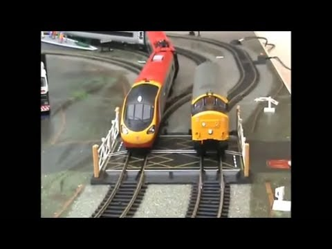 Hornby pendolino train  pt2