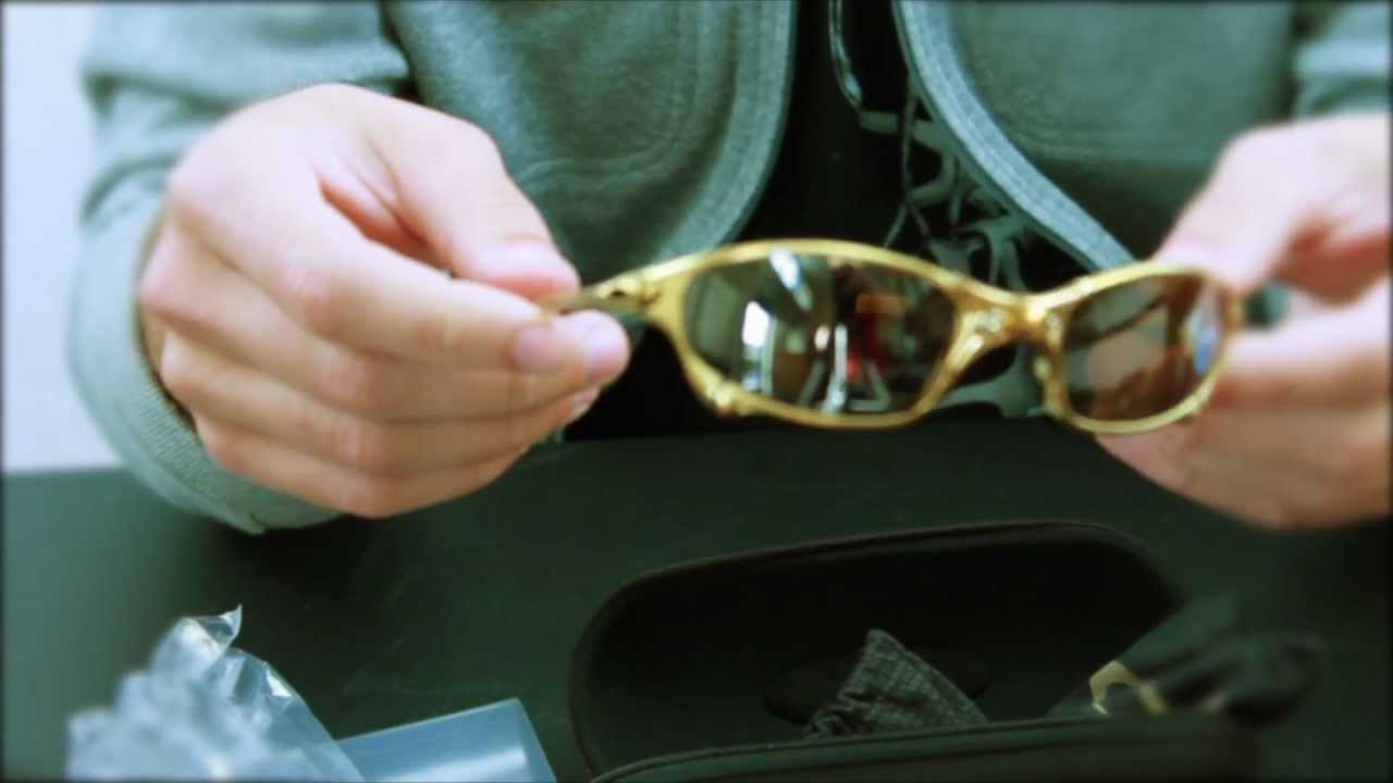 Unboxing Limited Edition 24k Gold Oakley Juliets - Visionary Lenses ebay -  YouTube b814d7a72b