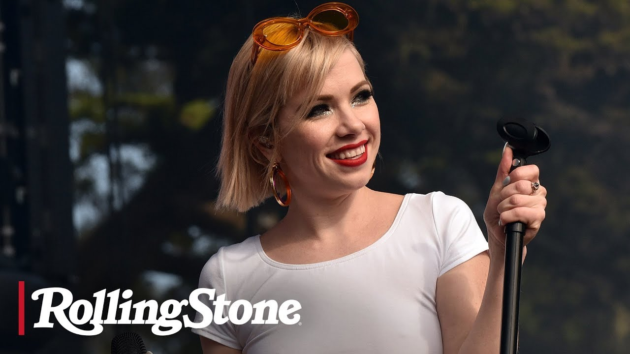 Carly Rae Jepsen: Queen of Hearts | RS News 5/10/19
