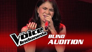 "Gloria Maria ""Wrecking Ball"" I The Blind Audition I The Voice Indonesia 2016"