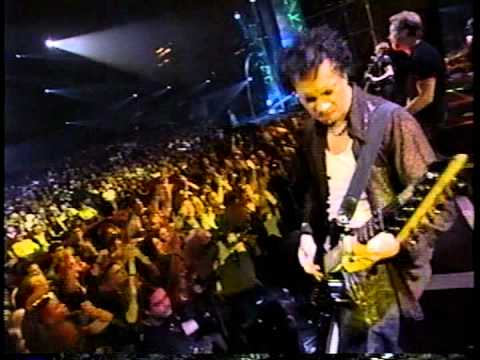 Metallica - Until It Sleeps Live at The Video Music Awards 1996