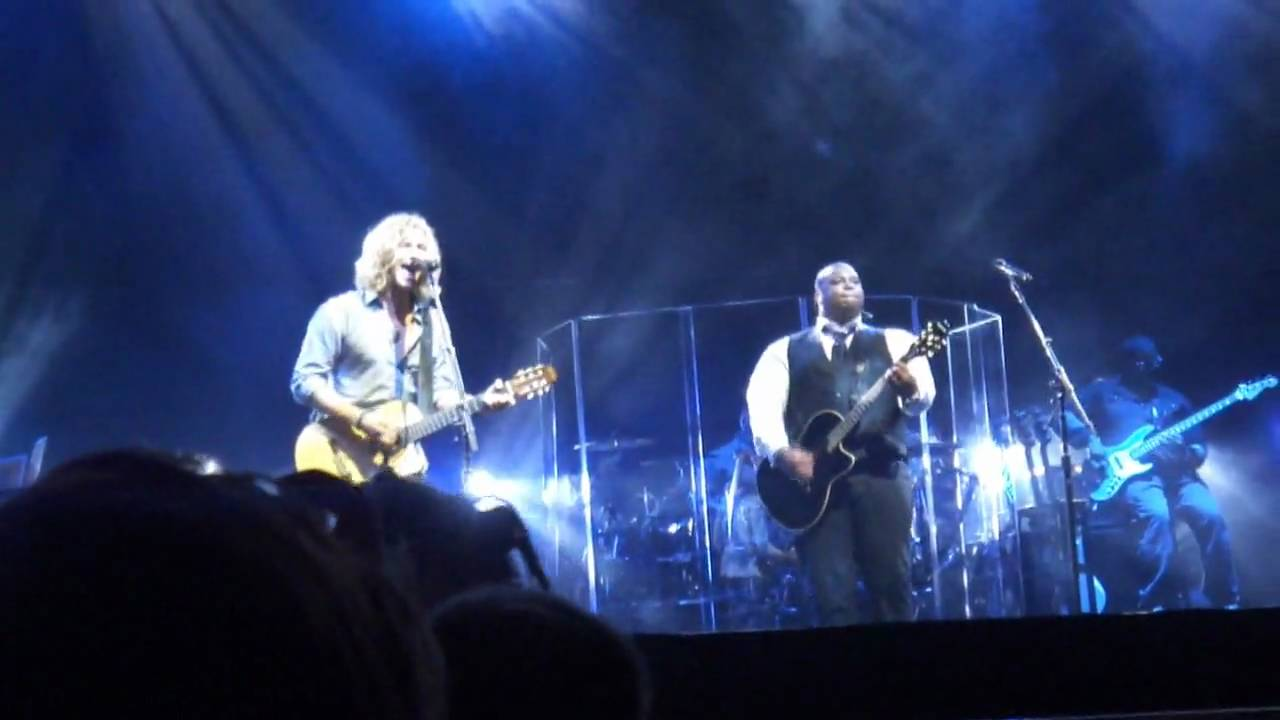 Casey James Michael Lynche DUET Have You Ever Loved A Woman American Idol Tour LA 8 13 10