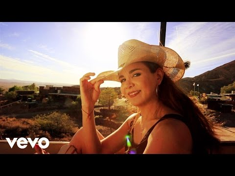 Laura Denisse - Hey Baby Qué Pasó