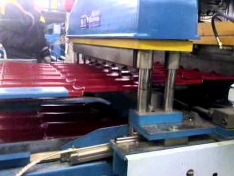 Как производят металлочерепицу