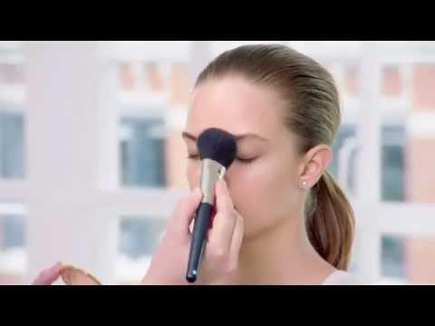 Как правильно наносить основу под макияж