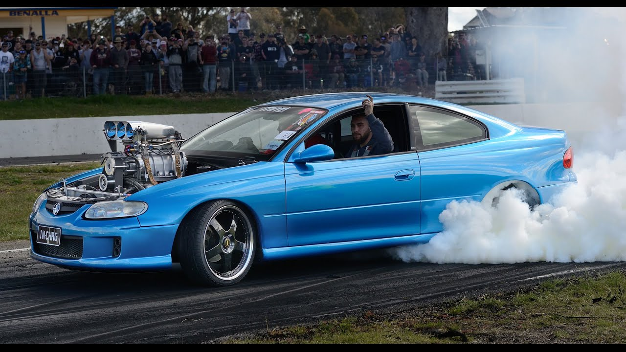 Hsv Gen F Maloo R Burnout likewise A Bc B as well E F C B E C E A moreover Maxresdefault besides Ford Focus Drift Car Gymkhana Burnout. on holden burnout wallpaper