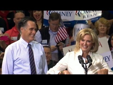 Mitt Romney Spends Final Campaign Hours in Ohio