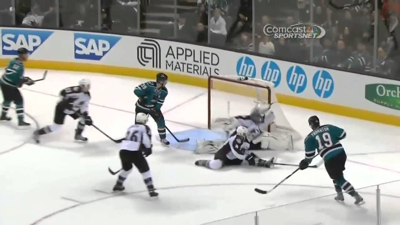 a08948d4daf Semyon Varlamov robs Joe Thornton. Feb 26 2013 - YouTube