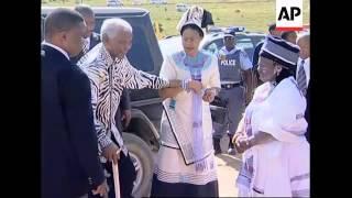 Mandela sees grandson reclaim family