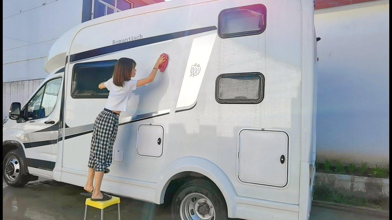 终于可以去提新房车了,借用的车子自己动手洗干净,还给厂家