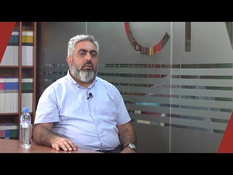 Մենք բոլորս մեր տեղում կեղծ ենք. զրույց Արծրուն Հովհաննիսյանի հետ