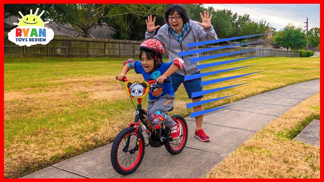 b14e7e2962bf Ryan learned to Ride a Bike with No Training Wheels!!! - YouTube