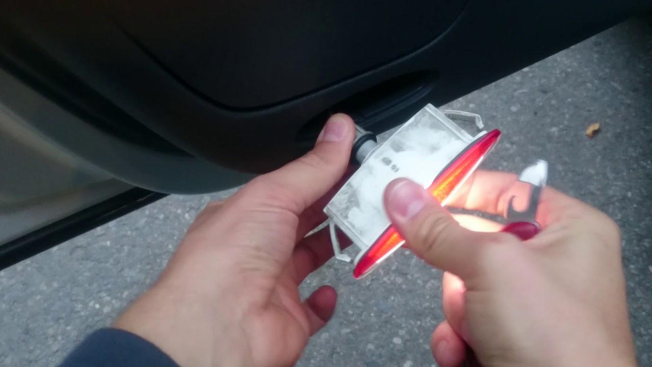 Lampka Drzwi Renault Laguna Ii Nie świeci Nie Rozpoznaje Otwartych Drzwi