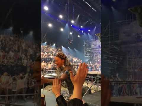 Jesus Christ Superstar cast bows