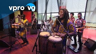 Pat Thomas & Kwashibu Area Band - Me Ho Asem & Gyae Su (live @Bimhuis Amsterdam)