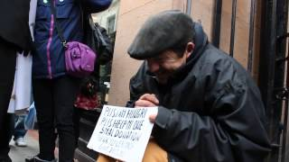 Inspirational VIdeo - Anonymous makes homeless man cry ( Original Video )