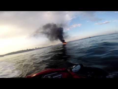 видео: пожар на катере Маяк Эгершельд (Владивосток)