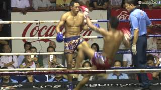 Muay Thai Fight - Chamuaktong vs Yodpanomrung, Rajadamnern Stadium Bangkok - 9th November 2015