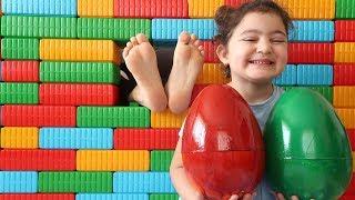 ANNEM YİNE YARAMAZLIK PEŞİNDE fun kid video - Elif Öykü Pretend Play With Easter Egg Johny johny