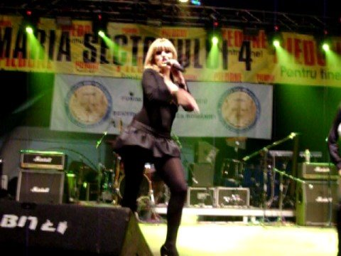 Diana Ex Pops Ft Iulian Moga - DOLCE DOLCE