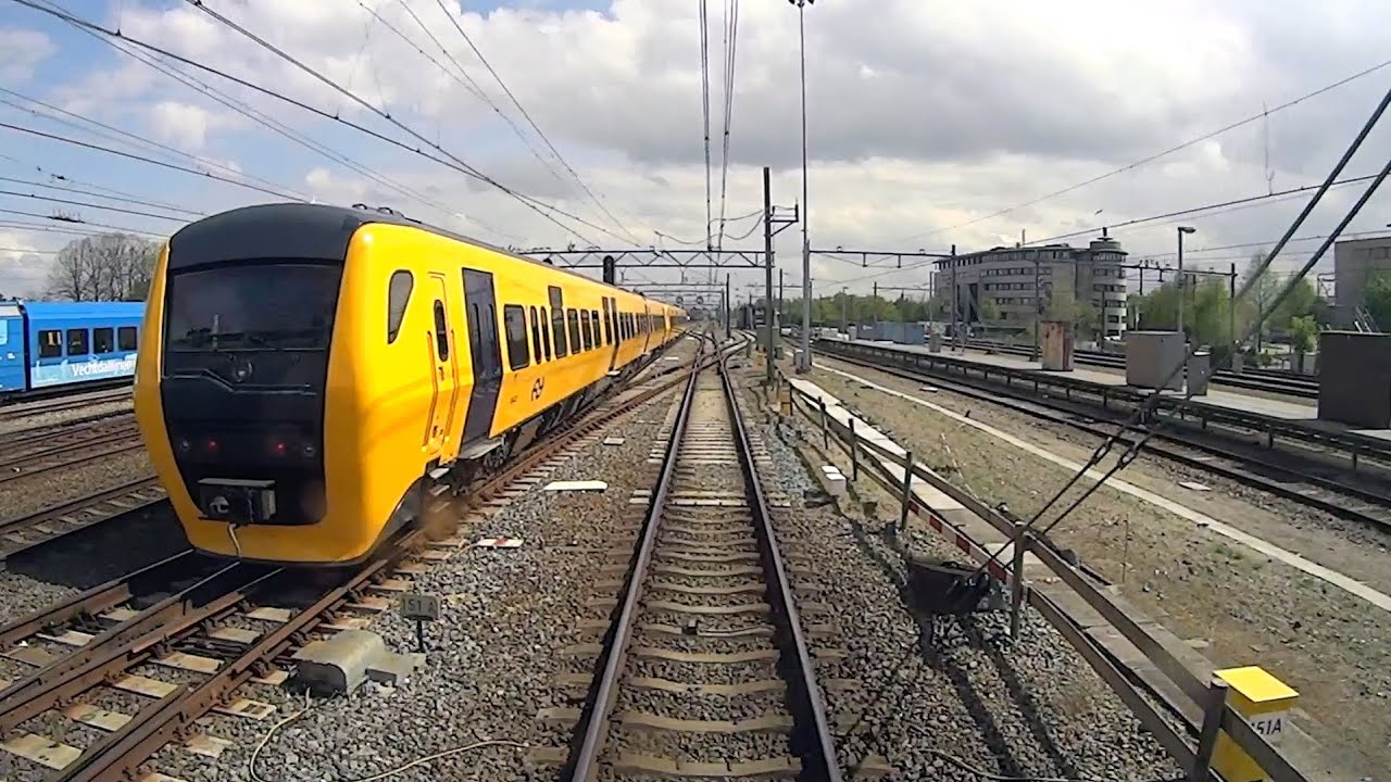 DUTCH TRAINS ROLLING STOCK CAB VIEW parallel