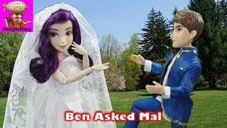 Ben Proposes to Mal - Part 4 - Halloween Descendants | Disney