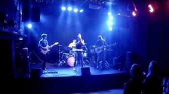 Kymppikerho - Nymfomaniaa (Live)