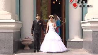 30.04.15 - В Харькове переселенцы из  модульного городка сыграли свадьбу