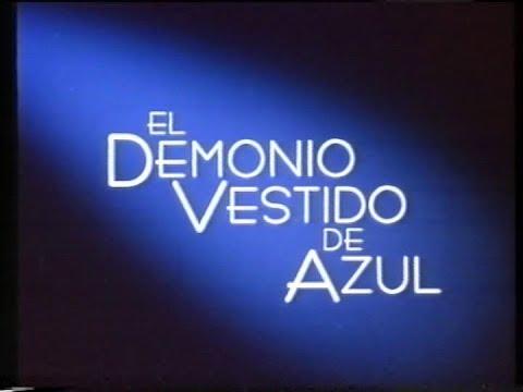 El demonio vestido de azul trailer