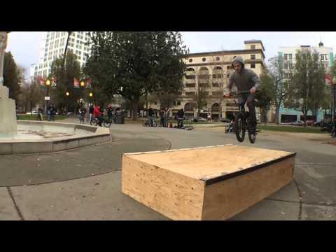 HellaHellaBMX: Coat Ride and Box Jam 2014
