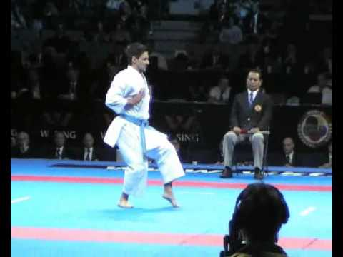 Male kata Final L.Valdesi vs. A. Diaz.....Serbia 2010