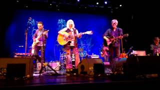 Emmylou Harris / Rodney Crowell - I Just Wanted to See You So Bad - Gold Coast, Australia, 1-7-15