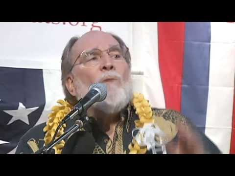 Governor Abercrombie gets political at Democratic Party convention