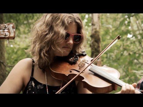 Dead Winter Carpenters - Bootleg Jack (Official Video)