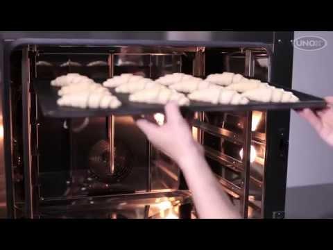 Конвекционная печь Unox XB 695 выпечка круасанов