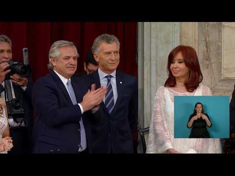 El frío saludo entre Mauricio Macri y Cristina Fernández