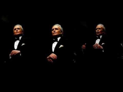 Jose Carreras. O Divine Redeemer. Gounod.