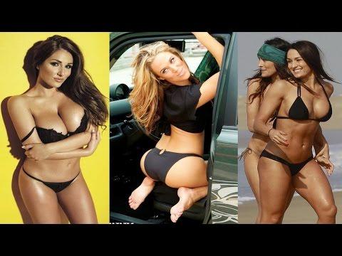 Top 10 Hottest WWE Divas - AllTimeTop