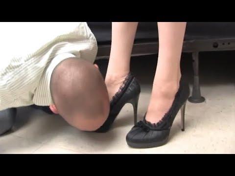 Порно с одной в туфлях — pic 12