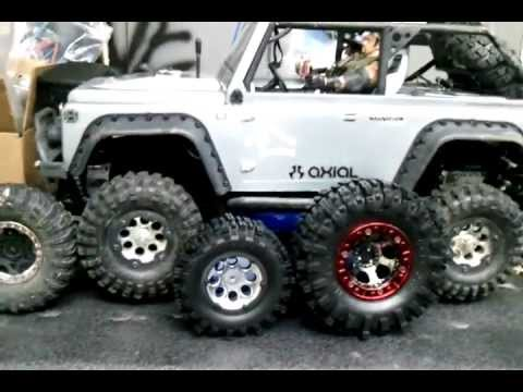 Size difference 2.2 , 1.9 tires rc4wd mud slinger - YouTube