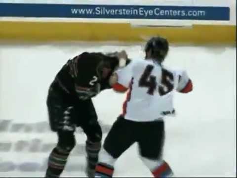 CHL Quad City-Missouri hockey fight - Mitch McColm vs Colt King 1/12/13