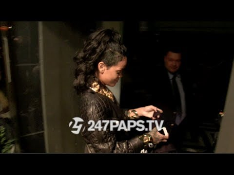 Rihanna loves the Shirt Made From 247paps.tv 11-09-13