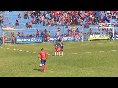 Marco Pappa debuta con asistencia y Municipal toma el liderato del Clausura 2017
