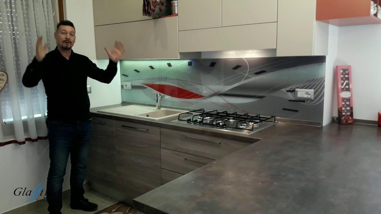 WOW CHE BELLO  Paraschizzi cucina realizzato su misura Astratto 7 wwwSerglascom  YouTube