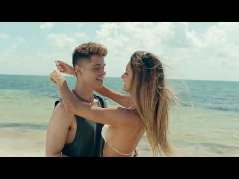 Alex Hoyer - Planes (Video Oficial)