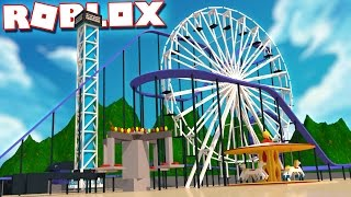 TRAPPED IN THE ULTIMATE THEME PARK IN ROBLOX!