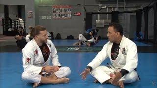 Уроки мастерства от чемпиона по бразильскому Джиу-джитсу Александра Де Фарии.