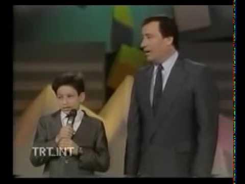 Ömer Şan & Nida Şan TRT Pazar 89