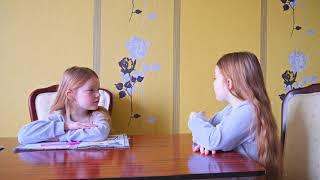 SOFIA si SUPER SOFIA Gemene/ Cum S-au Impacat Fetitele? Vis sau Realitate Video pentru Copii