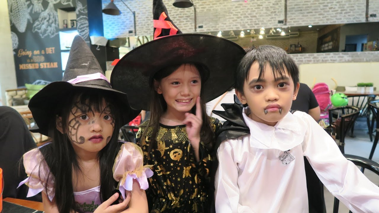 Trick Or Treating In The Philippines 2017 Sm Clark